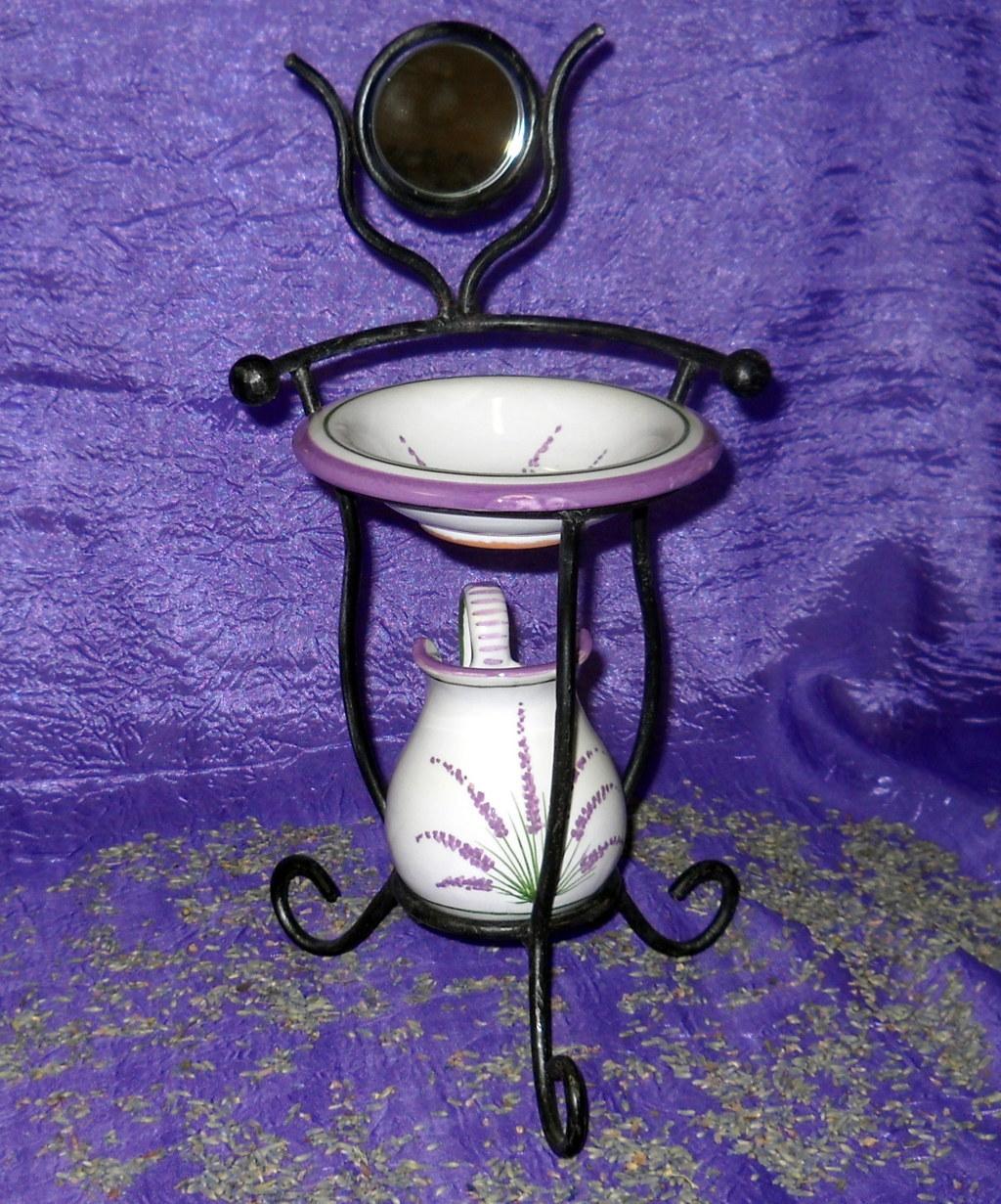 Miniatura Lavabo con specchiera decorato Deruta